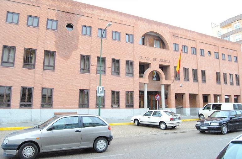 Palacio de Justicia, Juzgados